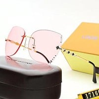 Louis Vuitton LV Woman Men Fashion Summer Sun Shades Eyeglasses Glasses Sunglasses-44