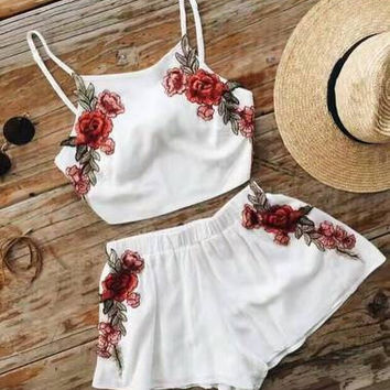 Casual Fashion Embroidery Stylish Spaghetti Set