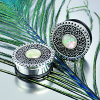 Stainless Steel Single Flare Center Pearl Plugs
