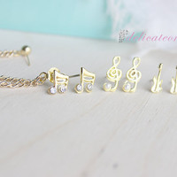 Gold Music Notes Set Stud Chain Cartilage Earring / Cartilage Piercing