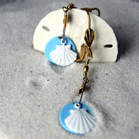 Scallop Shell Earrings, shell earrings, vintage white enameled shells, eco fashion, nautical fashion - summer fashion