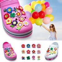 Single Sale 1pc Smile Flowers PVC Shoe Charms,Shoe Buckles Accessories Fit Bands Bracelets Croc JIBZ,Kids Party X-mas Gifts