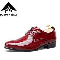 DJSUNNYMIX Brand High Quality bright leather Shoes Men Brogues Shoes Lace-Up Bullock Business Dress Male Formal Shoes