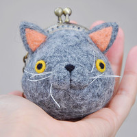 Cat coin purse keychain, cat pouch, cat lover gift, cat wallet, british shorthair, kiss lock coin purse, kiss lock purse, cat clasp wallet