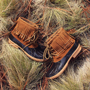 The Caribou Fringe Boot