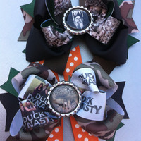 Duck dynasty ultimate fan boutique style hair bow choose from  the family or uncle Si