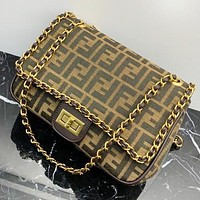 Samplefine2 Fendi Fashion New More Letter  Leather Shoulder Bag Women