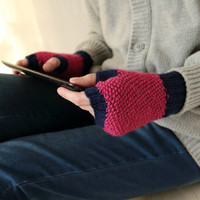 Fingerless Gloves in Magenta & Dark Navy, Colorblock Knitted Arm Warmers in Fuchsia and Dark Blue, Women Wrist Warmers, Gift for Her