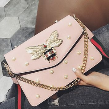 Small honeybee pearl chain small square bag with simple shoulder bag Pink