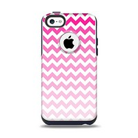 The Pink & White Ombre Chevron Pattern Apple iPhone 5c Otterbox Commuter Case Skin Set
