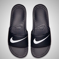 """NIKE"" Fashion black and white slippers"