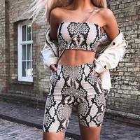 Women Fashion Sets Snake Printed Strapless Bra Top Ans Shorts 2 Pieces Set Tumblr 2018 Sexy Female Cropped Top And Fifth Pants