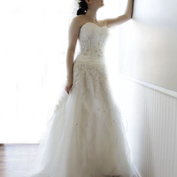 Vintage Style Flower Fairy Wedding Dress Bridal Gown made with Lace and  Tulle accented with Hand-Beaded Bling YS1981080978