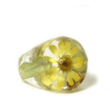 Real Flower Jewelry-Yellow Ring- Yellow Flower Ring- Flower Ring-Flower Resin Ring-Resin Jewelry-Real Flower Ring Jewelry-Green Jewelry
