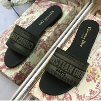 Dior 3D printing embroidered slippers