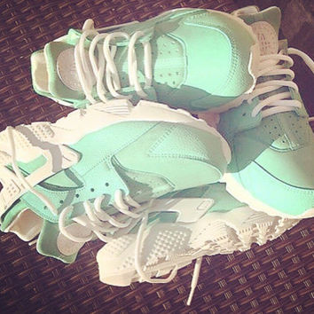 Mint Nike Huarache with white sole and strap unisex customs.