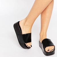 ASOS FREE TIME Flatform Sliders