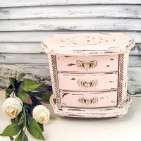 Antique Pink Vintage Musical Jewelry Box, Rustic Pink Small Jewelry Box, Shabby Jewelry Chest, Pink Nursery Decor Cottage Chic, Gift for Her