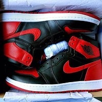 Nike Air Jordan 1 AJ1 Banned Basketball Shoes Sneakers