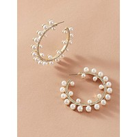 1pair Faux Pearl Rhinestone Engraved Hoop Earrings