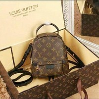 Louis Vuitton LV Popular Woman Men Retro Leather Travel Bookbag Shoulder Bag Backpack