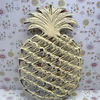 Pineapple Cast Iron Trivet Hot Plate Cream Off White Distressed Shabby Chic House Warming Gift Symbol of Hospitality Kitchen Decor