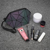 "EQcreative Plus ""Star Gem"" Geometric Luminous Reflective Purse"