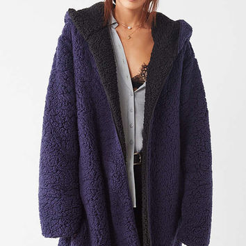 Silence + Noise Magnolia Cozy Reversible Coat | Urban Outfitters