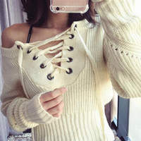 Fashion Lace Up Bat Sleeve Sweater