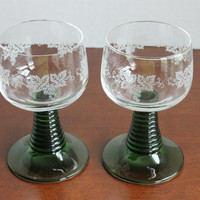 German Ribbed Wine Goblet, Ruwer Green Stem Glasses with Etched Grapes Leaves, Made in Germany, Set of 2