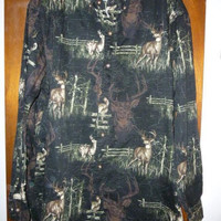 Mens Vintage Woods and Waters Outfitters Cotton Button Down Deer Shirt L Large Hunting