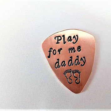 New Dad guitar pick, Daddy Guitar Pick Play for me a song Father Gift Grandpa plectrum Father's Day Birthday Christmas gift, footprints him