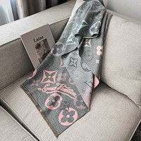 Louis Vuitton winter multi-purpose all-match shawl retro letter color matching scarf female oversized cashmere scarf