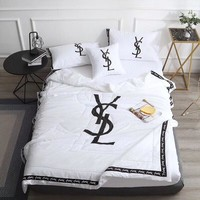 White Luxury YSL Designer Home Blanket Quilt coverlet 2 Pillows Shams 4 PC Bedding Set