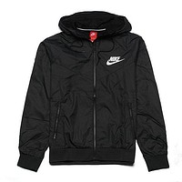shosouvenir : Nike Women Rrd/Black Hooded Windbreaker Jacket