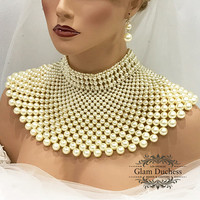 Bridal jewelry set, Bridal choker necklace earrings, Wedding jewelry, Wedding choker, Gold Ivory pearl jewelry set, bib necklace set