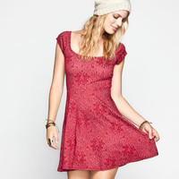 Socialite Textured Paisley Dress Red  In Sizes