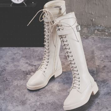 The new hot seller is the lace-up zipper, tall, flat, knee-less rider boots shoes