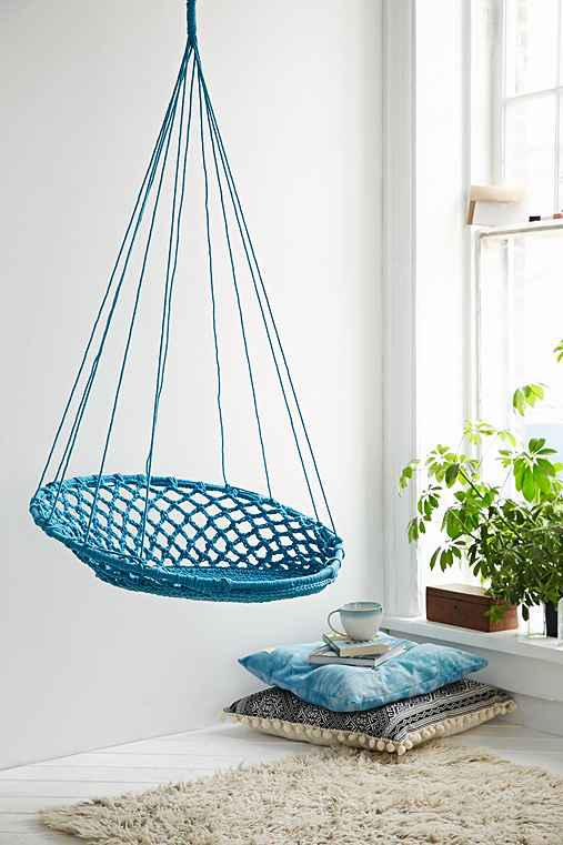 cuzco hanging chair from urban outfitters hmmm. Black Bedroom Furniture Sets. Home Design Ideas