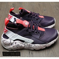 NIKE AIR HUARACHE Gym shoes