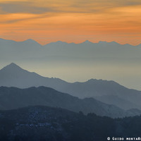 """""""Sunset at the mountains"""". Dreaming... by Guido Montañés"""