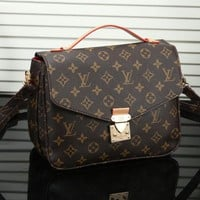 Louis Vuitton LV Women Fashion Crossbody Shoulder Bag Satchel