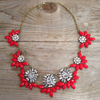 THE ANNA NECKLACE IN RED – LaRue Chic Boutique
