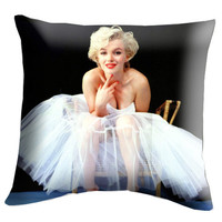 """Marilyn Monroe Pillow Cover, Pillow case, Throw Bed Bedroom, Size 18"""" x 18"""""""