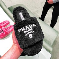 Prada 2021 plush embroidery letter logo ladies casual boots sandals beach slippers Shoes