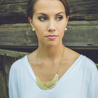 Small Statement Necklace in Gold