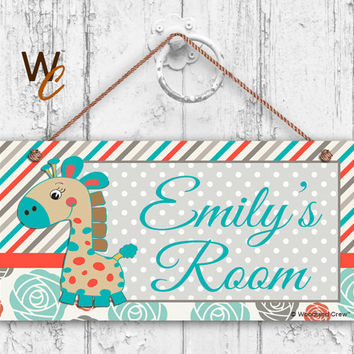 """Nursery Sign, Giraffe Girls Room Sign, Personalized Sign, Kid's Name, Kids Door Sign, Baby Nursery Art, 5"""" x 10"""" Sign, Made To Order"""
