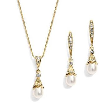 14K Yellow Gold Cubic Zirconia Dangle Earrings with Freshwater Pearls & Necklace Set