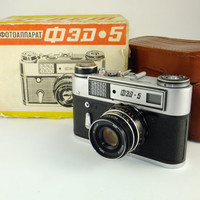 FED 5 Leica Copy Vintage Russian Soviet Camera Rangefinder Soviet Photography Boxed