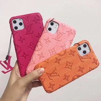 LV Louis Vuitton New fashion monogram print couple laser protective case phone case